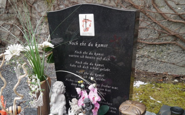 Kindergrab Zams
