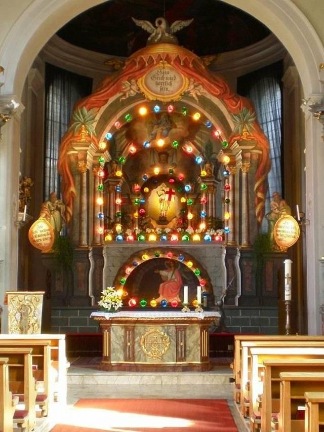Heiliges Grab am Ostersonntag